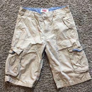 Like NEW Boys Levi's Khaki Cargo Shorts Size 16 28